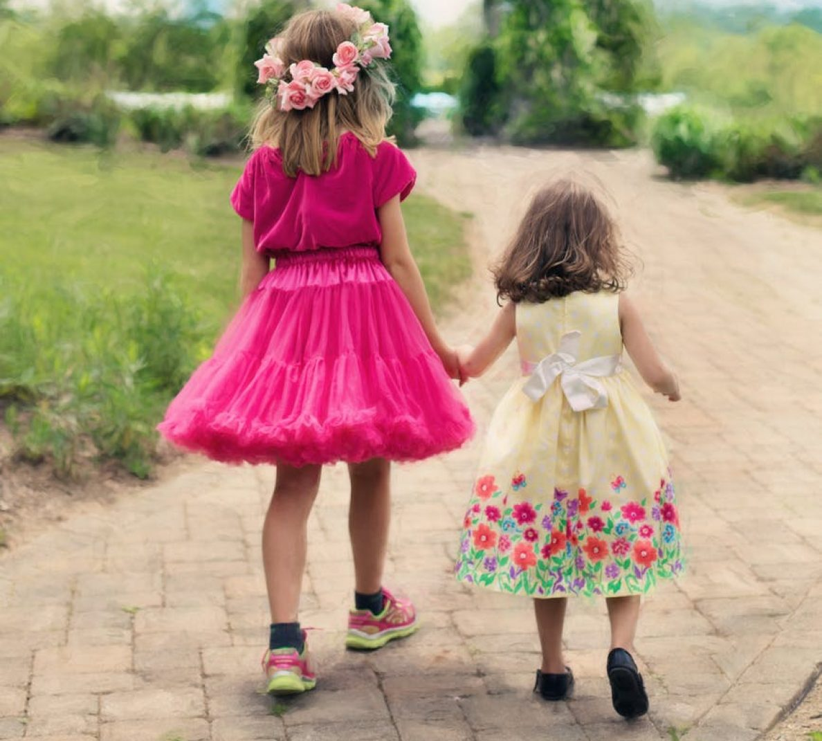 cropped-little-girls-walking-summer-outdoors-pretty.jpg